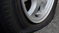 タイヤがパンク‼️
