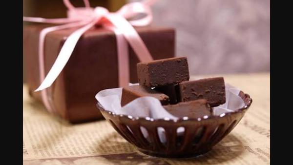 チョコを食べすぎると鼻血が?