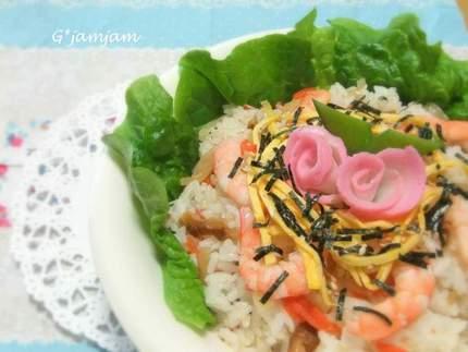 おひなまつりとちらし寿司
