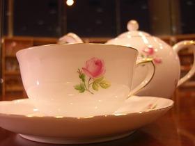 ★第3回プログラム★薔薇アレンジメントと薔薇のお茶