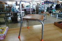 幼稚園児用の椅子