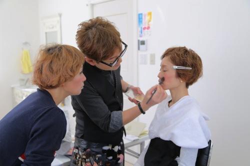 美容師メイク講習スタート!