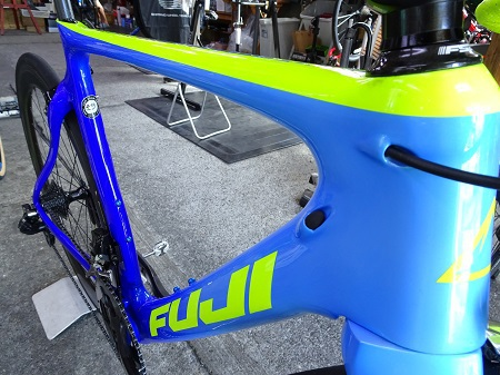 商品情報~2018 FUJI TRANSONIC 1.1 GRADIENT GRAPHIC~