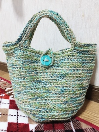 染め糸と麻紐で編んだ麻紐バッグ