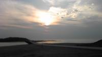 早朝砂浜散歩+。:.゚ヽ(*´∀)ノ゚.:。+゚