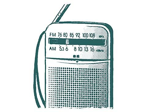 何故か、ラジオのある生活が新鮮。