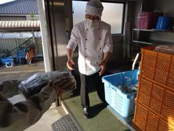 宮崎市学校給食への野菜納品開始しました