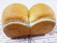 粒ジャム食パンと青島