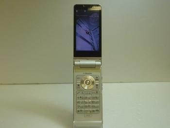【モバイル市場】中古★docomo☆N-04B☆格安☆本体★携帯★入荷