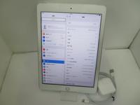美品☆au iPad 32GB 2017年春モデル★SIMロッ・・・
