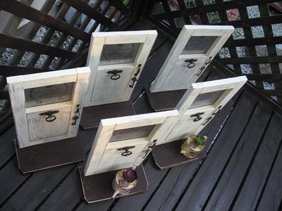 ドア風飾り鉢台