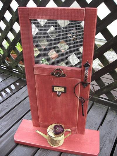 ESORA×ガーデンMARCHE「赤い木工」持って行きます。