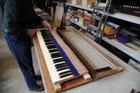 修復の様子【5】 鍵盤枠の修正
