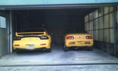オーナーさんのガレージにて