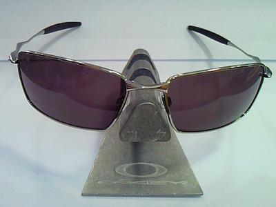 大人のサングラス
