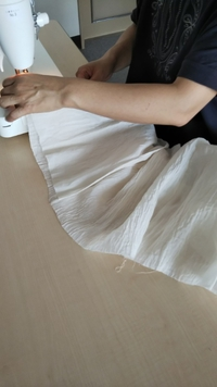 ベンガラ染めのスカート作り