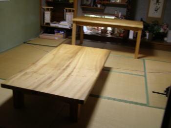 座卓とテーブル