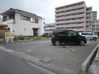 駐車場官公庁付近!