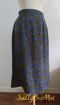 Aラインスカート&2日付けブログのアンダー♪