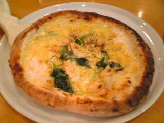 「ピソリーノ」ではまず,ピザとパスタを頼むべし!!