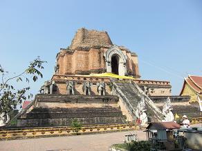タイの古都、チェンマイを歩く。