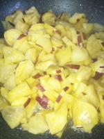 リンゴとさつま芋のバターソテー