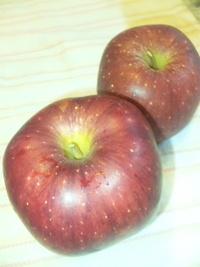 紅いりんご