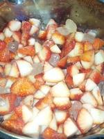 氷砂糖で苺ジャム作り