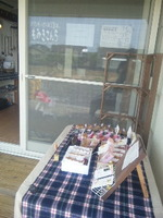 R's cafe open!